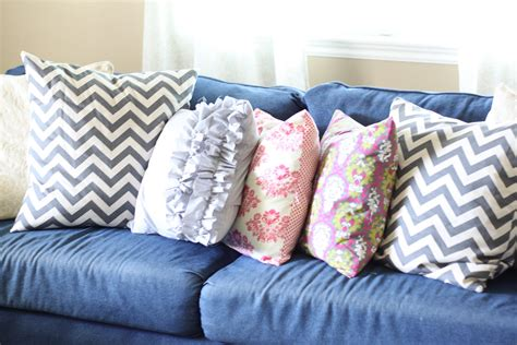 diy couch pillows do it yourself divas diy throw pillows for my denim
