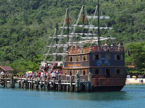 barco pirata camburiu barco pirata em bc tudo o que voc 234 precisa saber viva