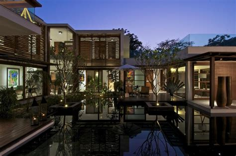 courtyard house in ahmedabad india home design courtyard house by hiren patel architects homedsgn