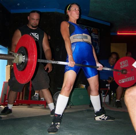 womens world record bench press zahno sets two state powerlifting records
