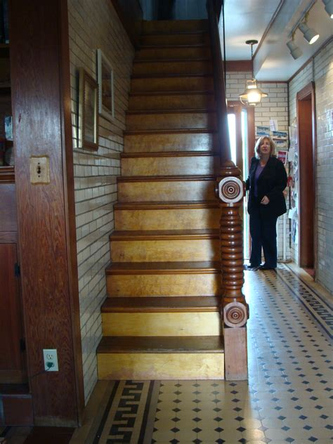 steamboat house file lower 9th ward steamboat house staircase jpg wikimedia commons