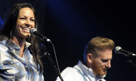 country singer died in march of 2016 remembering joey feek celebrities mourn the country
