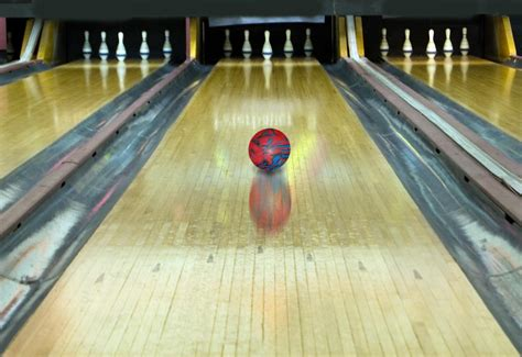 types  sizes  bowling ball    aware