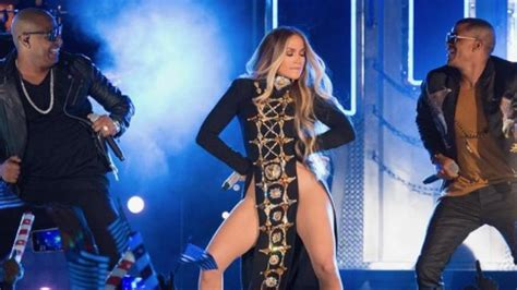 the l 243 pez launch el lanzamiento l 243 pez the bronx free press imagenes intimas jlo fotos intimas de jlo jennifer l 243
