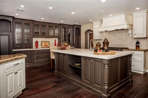 what color wood floor with dark cabinets painting kitchen cabinets to match dark hardwood floor