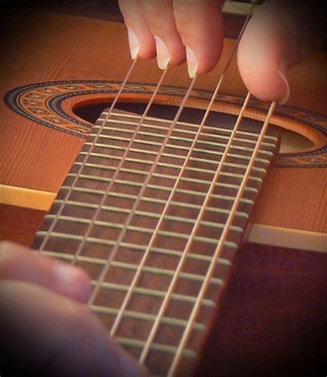 chitarra persiana la chitarra classica