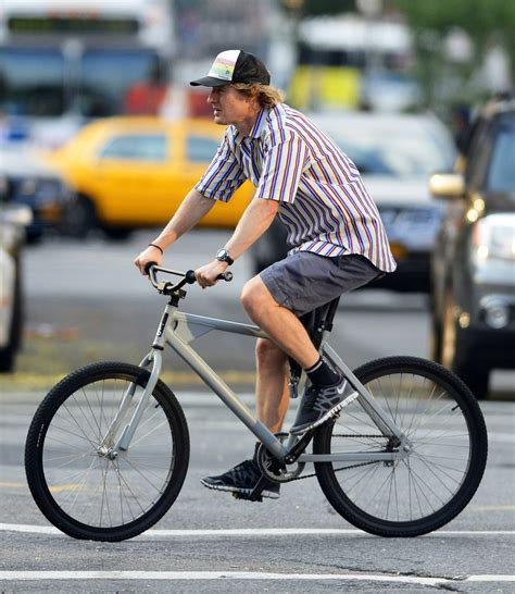 Owen Wilson Bikes To Clubs by Owen Wilson Photos Photos Owen Wilson Goes For A Bike