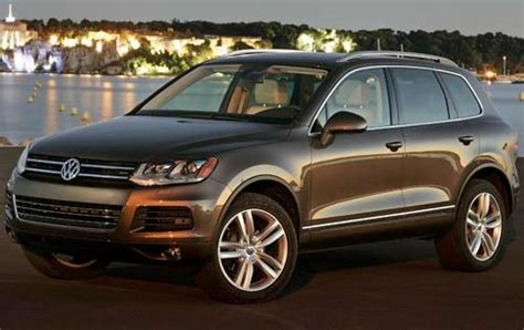 tire pressure monitoring 2011 volkswagen touareg navigation system used 2011 volkswagen touareg for sale pricing features edmunds