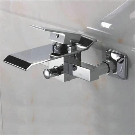 robinetterie baignoire murale salle de bain