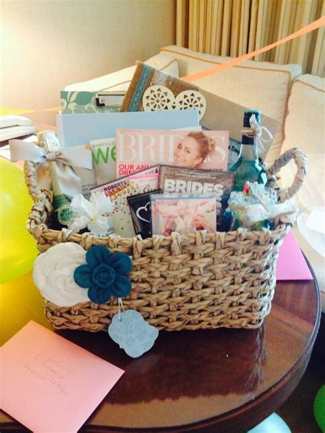 25  best ideas about Engagement Gift Baskets on Pinterest