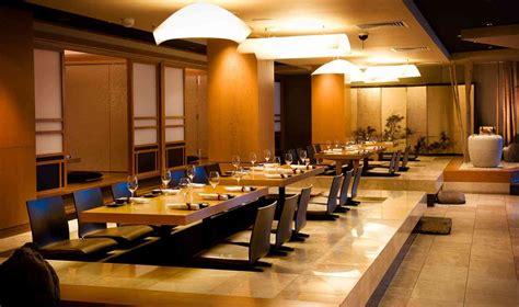 interior modern dining table