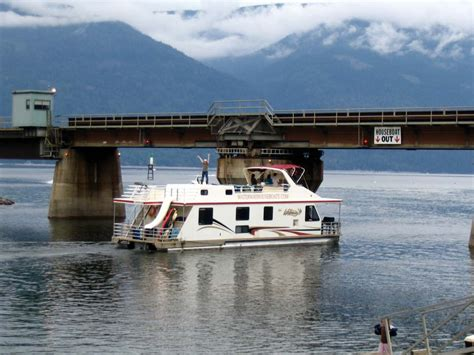 shuswap house boat rentals shuswap house boat 28 images 94 foot legacy houseboat at lake shuswap lake shuswap