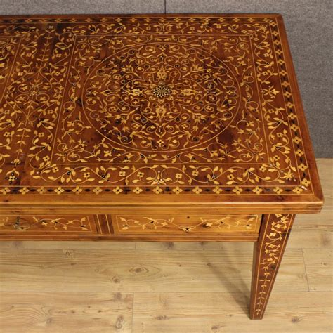 tavoli intarsiati in legno i mobili intarsiati una tradizione antica
