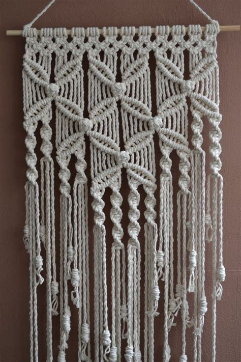 Www Macrame Patterns - 25 best ideas about macrame wall hangings on