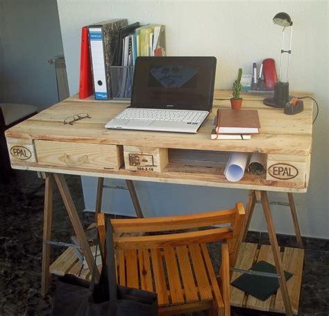 Schreibtisch Selber Bauen 29 Ideen Aus Holz Europaletten Hochbett Portal De Hochbett Selber Bauen