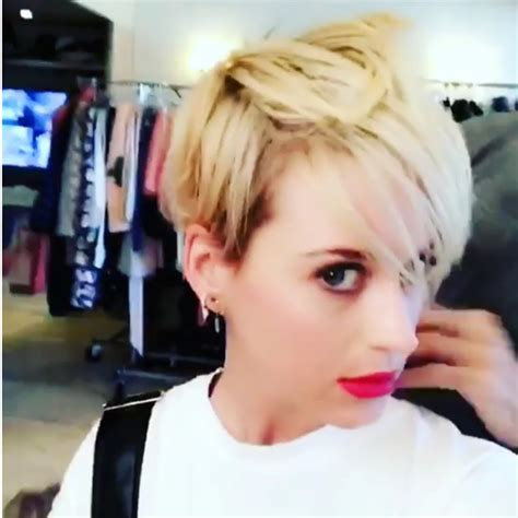 17 best images about pixie katy perry on pinterest katy perry s new pixie cut pret a reporter