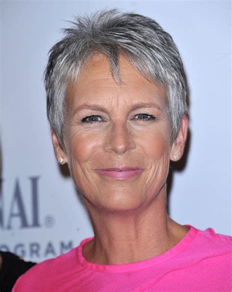 how to get the jamie lee curtis haircut jamie lee curtis hairstyle trends jamie lee curtis