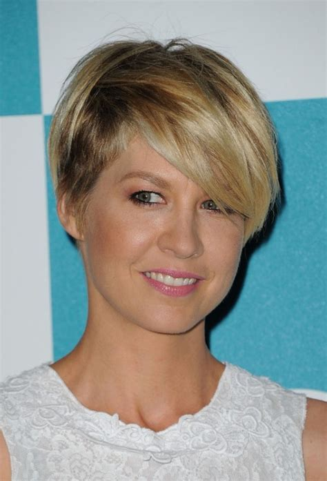 razor cut hairstyles for women over 40 most popular short haircut for women jenna elfman