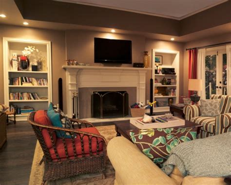 House Tv Room by Modern Family Three Funny Families And Their Three Fab Houses