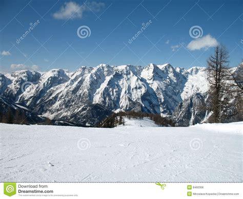 Alpen Urlaub österreich by Winter Alpen Lizenzfreies Stockbild Bild 8460356