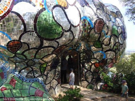 apertura giardino dei tarocchi giardino dei tarocchi capalbio