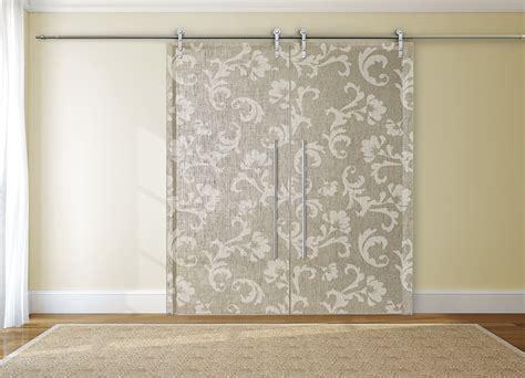 tende per porte interne porta in vetro con decoro in tessuto damasco cat tessuti