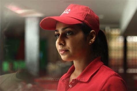 irudhi suttru heroine photos download picture 975656 heroine satna titus in pichaikaran movie