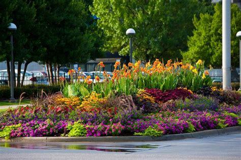 perennial garden layout pin by bob hudson on flowers perennial
