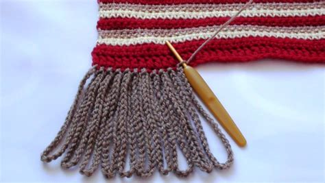 how to add tassels to a knitted scarf crochet chain tassels pattern crochet hooks you