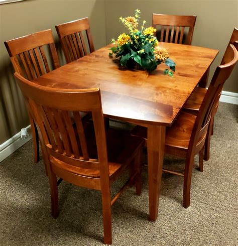 amish  solid maple dining room set door county furniture
