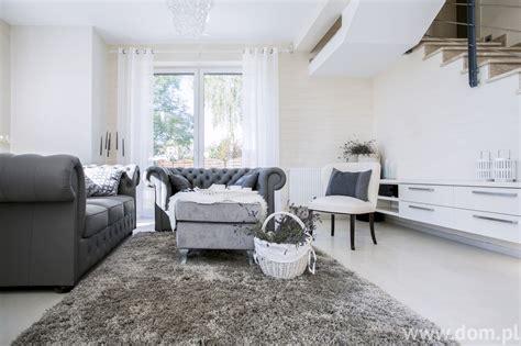 salon living room biały salon aranżacje pokoju dziennego w r 243 żnych stylach dom pl