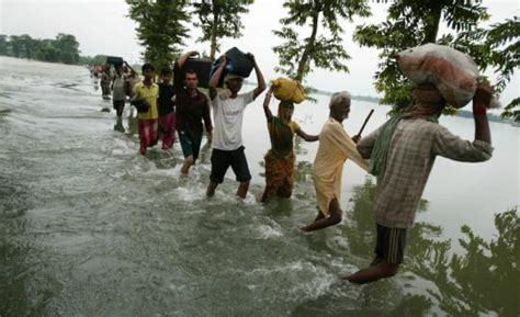 india yesterday villagers in india desperate as flooding spreads the