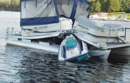 jet ski crashes into boat low cost lawsuit funding for jet ski wave runner accidents