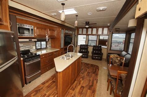 left wildwood lodge rv bfl bunkhouse