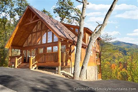 mountain memories retreat a handsome chalet style cabin