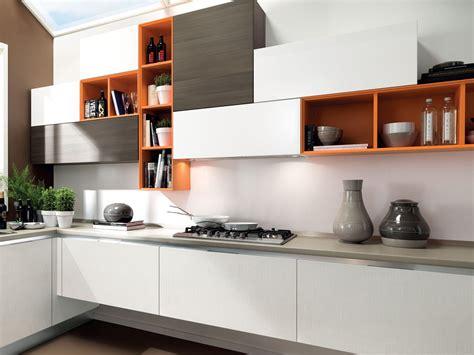 kitchen design trends 2013 cool latest kitchen design cucina componibile laccata in legno collezione essenza by