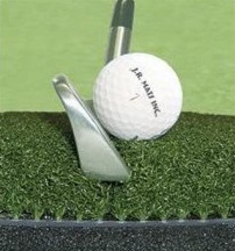 Golf Practice Mats Reviews by Review Of The 5 Best Golf Practice Mats For Every Budget