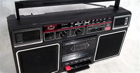 sold ge amfmfm stereo cassette recorder boombox