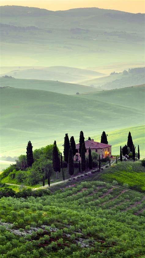 wallpaper for iphone 6 italy pienza toscane italie paysage matin de printemps les