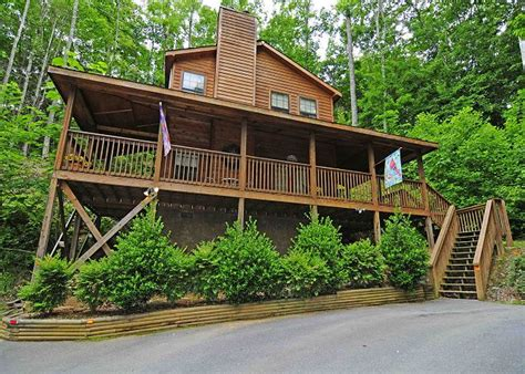 Pet Friendly Cabins Tennessee by Pet Friendly Cabin Tennessee