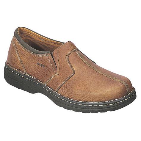 s justin pebbled leather slip on shoes oak