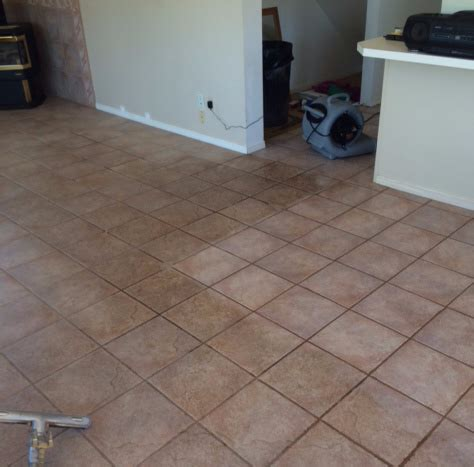 Best Way To Clean A Tile Floor by Healthy Home Habit 6 Best Way To Clean Tile Floors