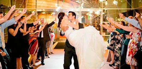 musica entrada novios banquete 6 consejos para un banquete de boda increiblemente divertido