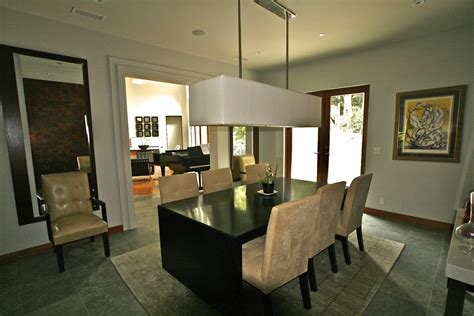 Dining Light Fixtures Make The Dining Room Bright And Warm Contemporary Dining Room Light