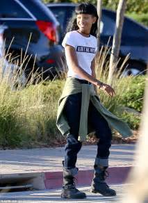 Willow Smith Wears Odd Slogan T Shirt As She Heads To The