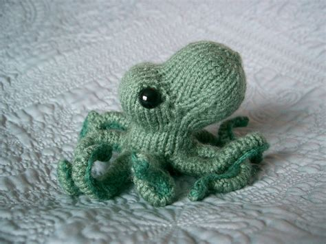 knitted octopus octopus cephalopod obese knitting