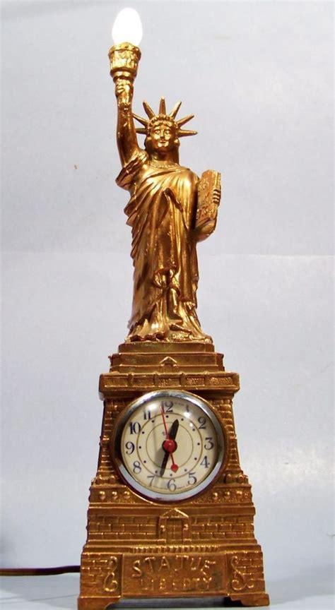 united vintage working statue  liberty mantel clock