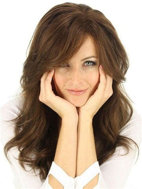 hairstyle layer toward face long hairstyles with layers for round faces 2 hair