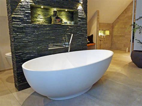 freistehende badewanne mineralguss freistehende badewanne cione aus mineralguss wei 223