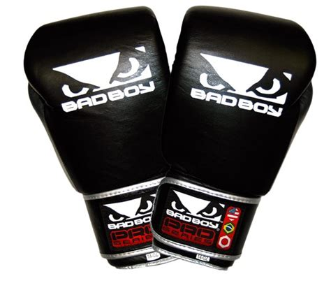 Bad Boy Pro Series 30 Thai Style Glove Blackblue bad boy pro series thai ii gloves black